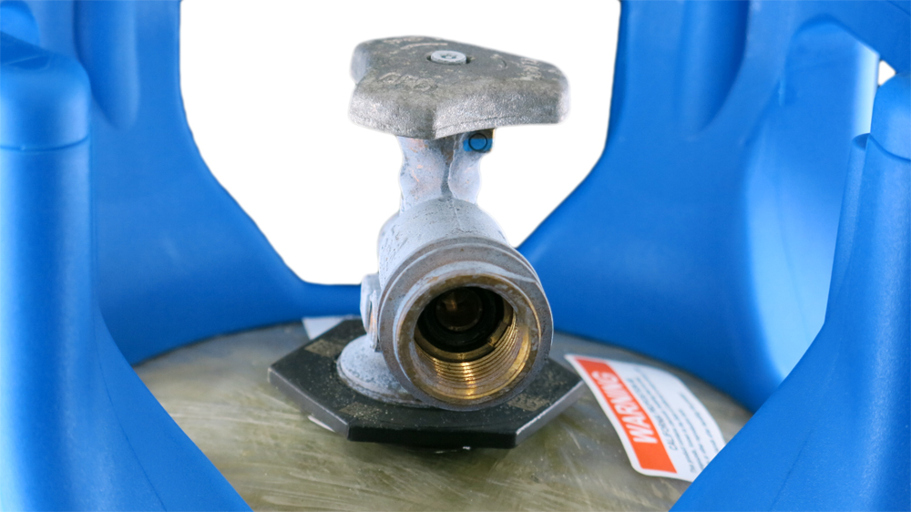 Viking Cylinder 17 Pound Capacity Lightweight Composite Propane Tank